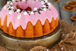 BUNDT CAKE ALL'ACQUA E SPREMUTA DI ARANCIA
